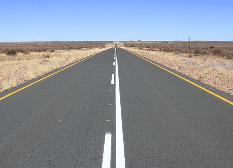 A road going into the horizon
